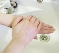 手洗いステップ2